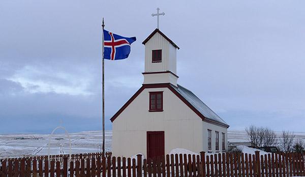 Kirche auf unserem Nachbarhof Staðarbakki